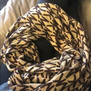 Beautiful MK Infiniti scarf